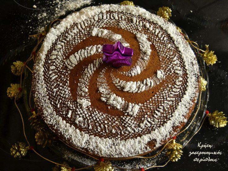 Εύκολη και αρωματική βασιλόπιτα κέικ για το 2016! Οι βασιλόπιτες όπως έχω ξαναγράψει δεν θέλω να είναι ένα απλά κέικ. Θέλω να έχουν παραπάνω φροντίδα και υλικά, να είναι αρωματικές και αφράτες, και να τρώγονται μέχρι τελευταίου ψίχουλου! Αυτή εδώ έχει όλα όσα θέλω!   Εθιμικά πια την τελευταία …