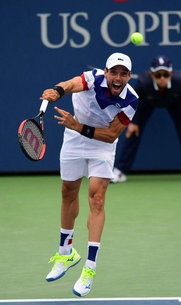 Roberto Bautista Agut of Spain serves the ball to Juan Martin del Potro of Argentina during their qualifying Men's Singles match at the 2017 US Open Tennis Tournament on September 2, 2017 in New York..Del Potro won 6-3, 6-3, 6-4. / AFP PHOTO / EDUARDO MUNOZ ALVAREZ