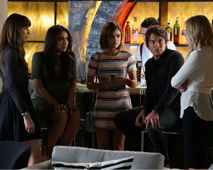 'Pretty Little Liars' Season 6: THIS Liar Will Be The First Attacked, 'Burn This' Plot Revealed [VIDEO]