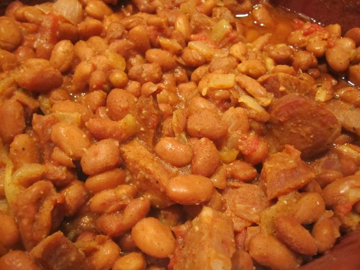 Portuguese beans.  With linguica.  Eaten with a nice piece of french or sourdough bread for dunking.  YUM!!!!!