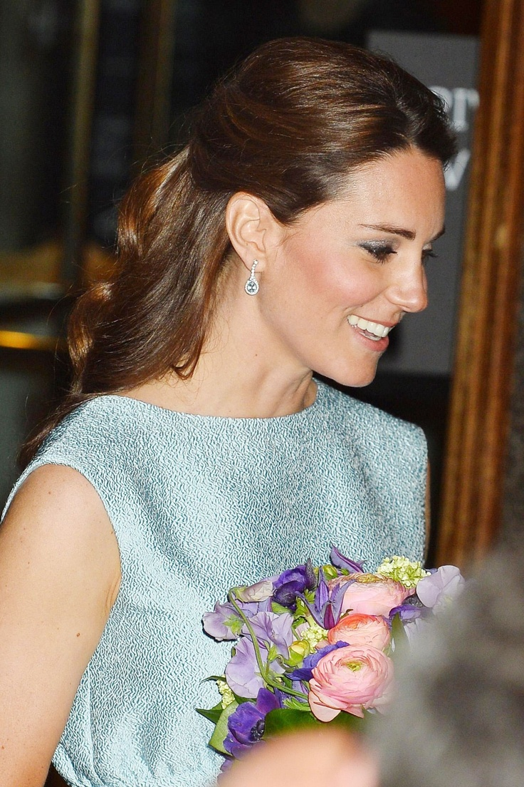 The Duchess of Cambridge hair style file
