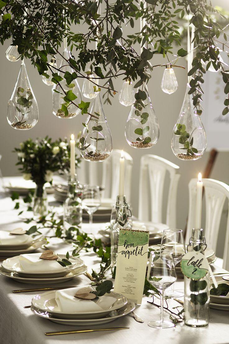 Wedding table setting  www.panduro.se #green #gold #plants #flowers