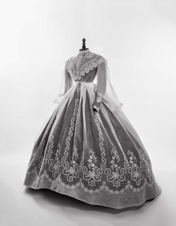 Summer dress 1860-66. Fripperies and Fobs