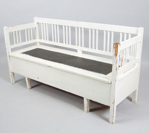 KÖKSSOFFA, vitmålad, tidigt 1900-tal, auctionet.com, längd 161