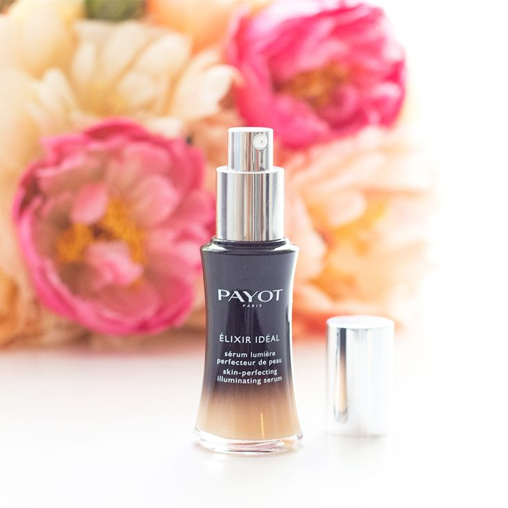 The latest addition to PAYOT's range of Elixirs ~ Elixir Ideal.  Discover the secret of perfect skin with Elixir Ideal Skin Perfecting Illuminating a combination of lychee extract and vitamin C designed to visibly improve your skin.