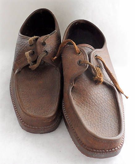 VINTAGE ITALIAN Mens Lace Up Wallabee Styled Leather Shoes/