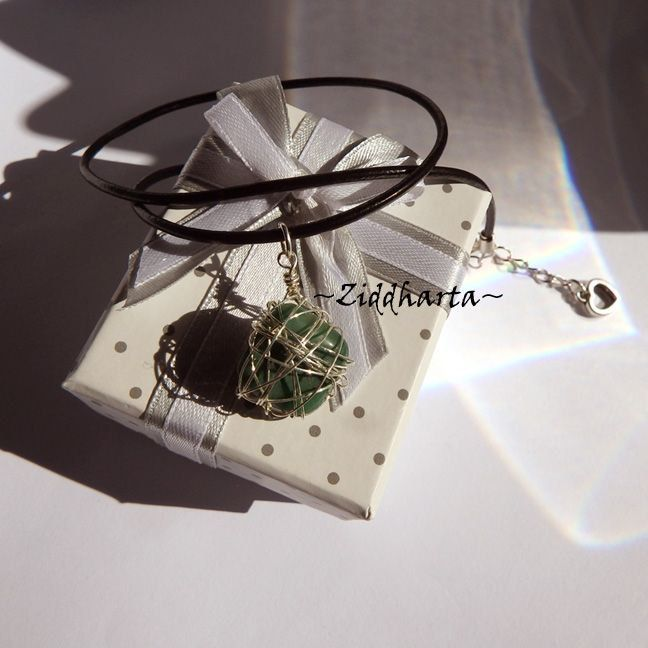 Gem Stone Necklace Green Necklace Silver Plated Wired Wraps Halskette Kragen Halsband Gem Necklace - Jewelry Necklaces Handmade by Ziddharta by Ziddharta on Etsy