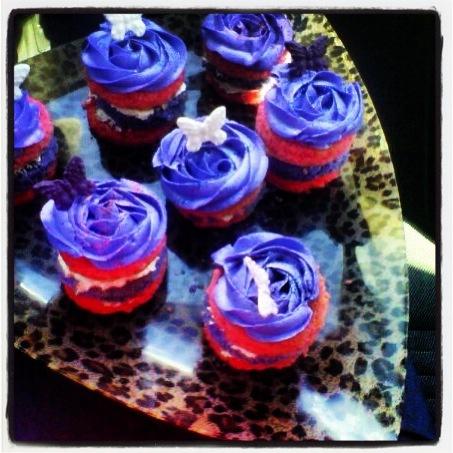 Individual colour cakes