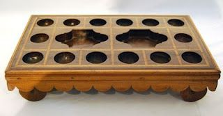 traditional indian game - pallanguli board    One of my fav games!