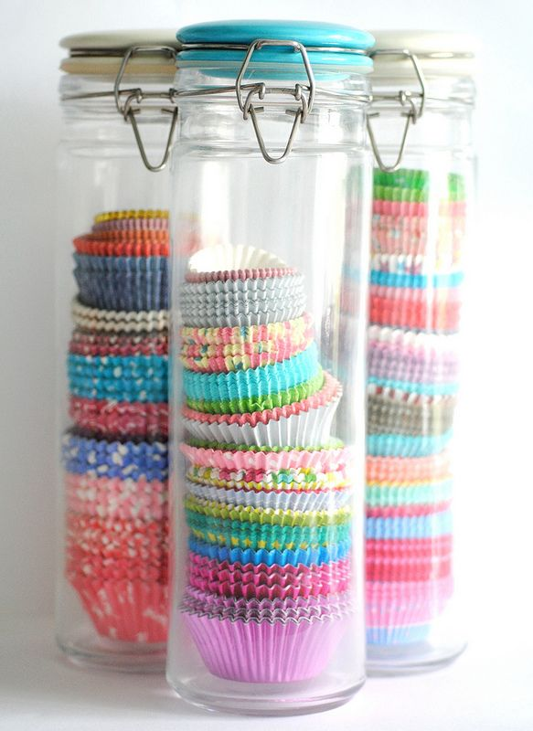 Use spaghetti jars to store cupcake cases - I love this idea. Practical and super pretty.