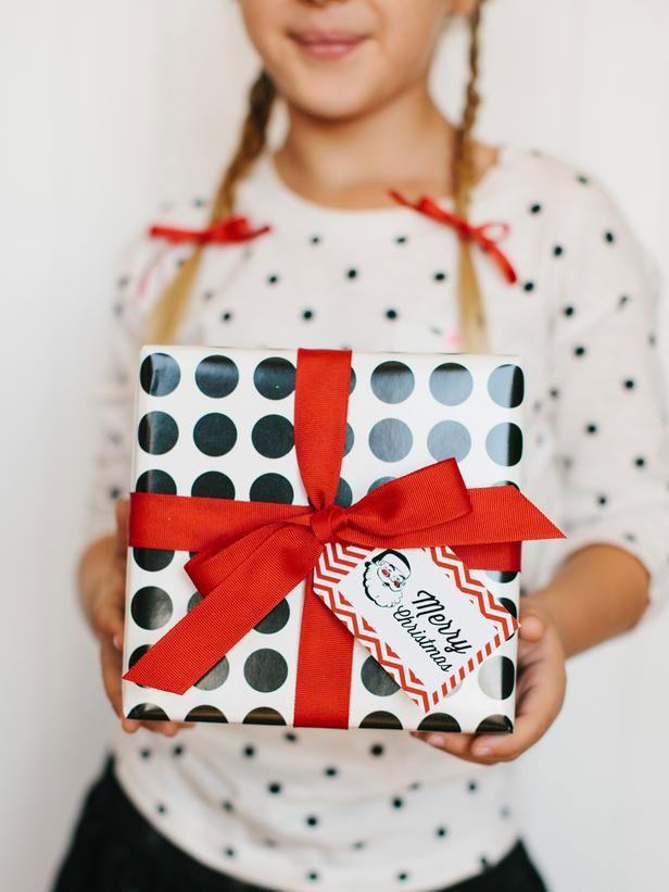 30 pomysłów na to, jak zapakować prezent świąteczny