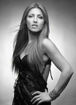 Elena Paparizou, amazing Greek singer! Love her.