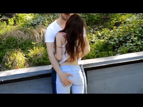 BESOS FACILES  KISSING PRANK  Besando a chicas