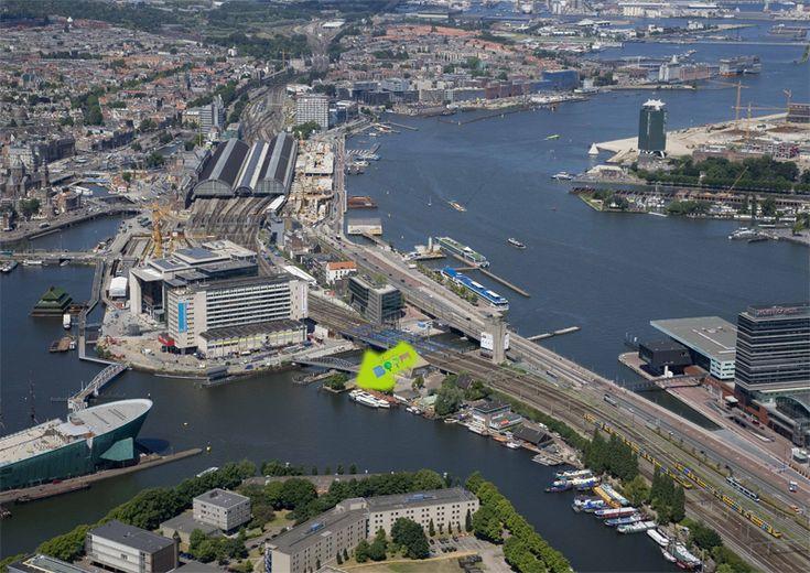 Hannekes Boom…sinds 1662 – weer open sinds 2011! | Heerlijk naast Centraal Station aan het water!