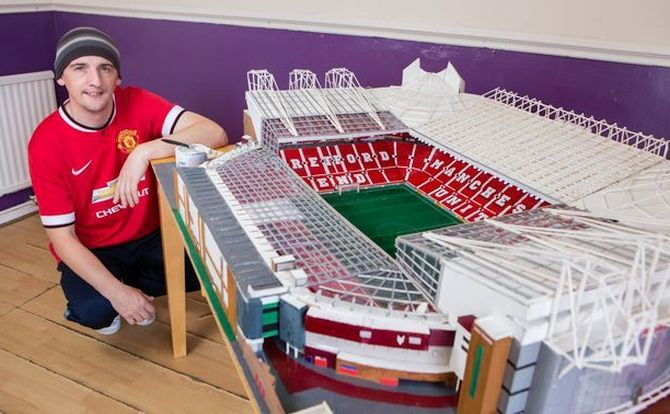 Old Trafford stadium replica out of matchsticks
