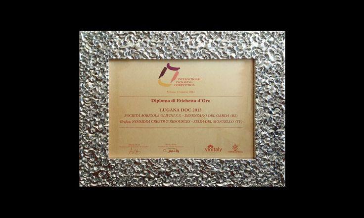Premi Novaidea International Packaging Competition Vinitaly Verona Etichetta Oro Lugana DOC Olivini Desenzano del Garda