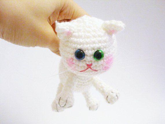 Amigurumi Doraemon Free Pattern : 1847 best crochet cats images on pinterest crochet cats amigurumi