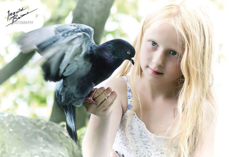 - trust me -  My daughter with a dove  © Ingvild Bolme Photography Facebook: ingvildbolmephoto