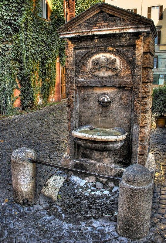 ''Fontana Borgo Pio'' - Roma