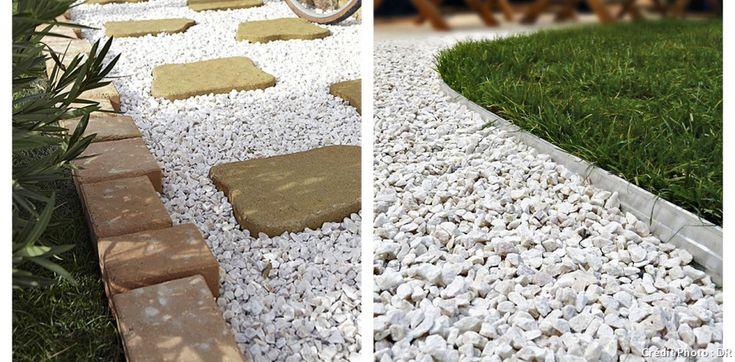 Bordures de jardin - à droite Bordure alu de Techniseal, L 240 x H 10 cm, 9,90 € le mètre linéaire. Ancrages (L 25 cm), 8 € les 8, dans les négoces en matériaux.