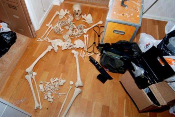 Γυναίκα κατηγορείται ότι έκανε σεξ με ανθρώπινο σκελετό!