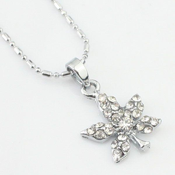 Argent fleur collier de diamants