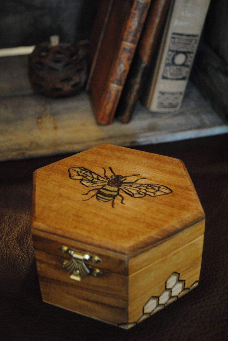 Wood burned bee on a Honeycomb box