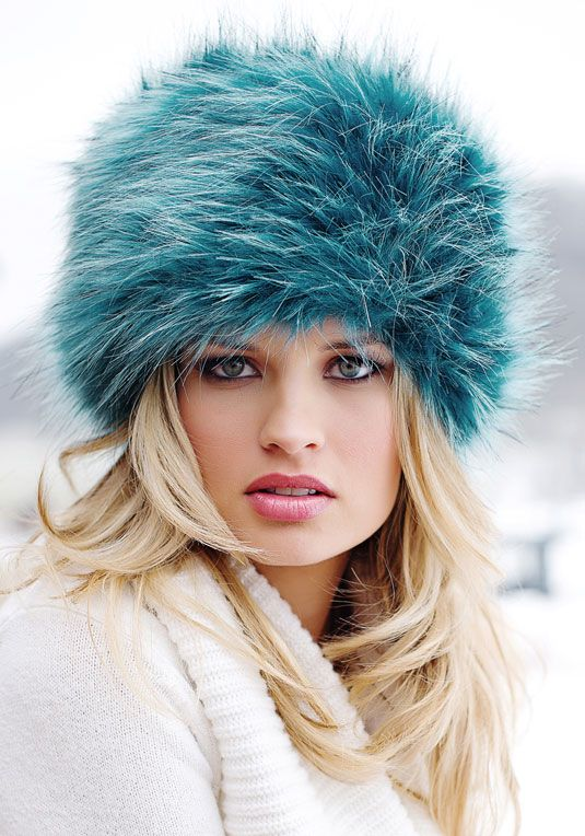 Teal Fox Faux Fur Russian Hat... a little small would be nice...