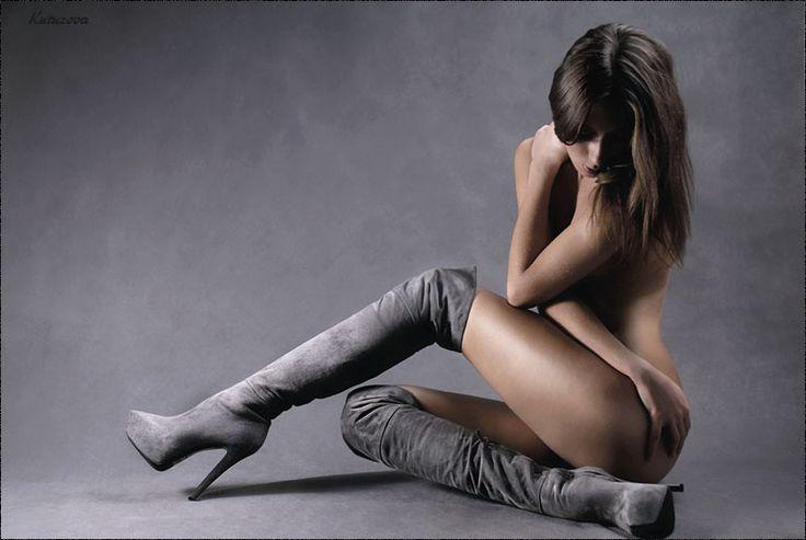Nackt boots girls