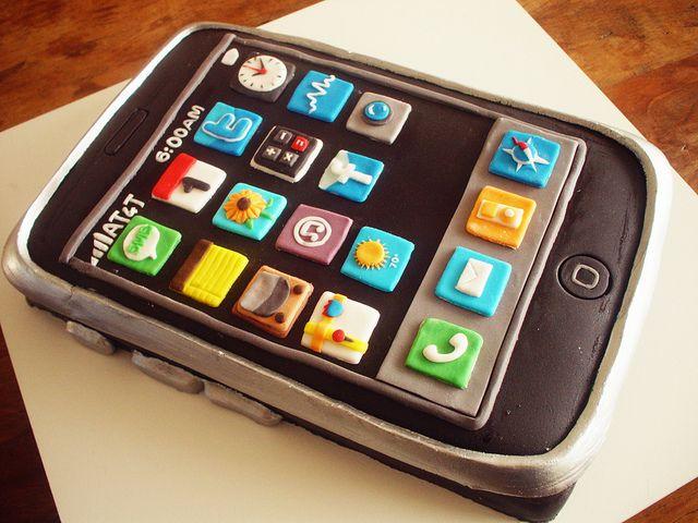Bolo iPhone (iPhone Cake!) contato@dentrodoforno.com by Carla Ikeda - DENTRO DO FORNO - BOLOS DECORADOS - , via Flickr