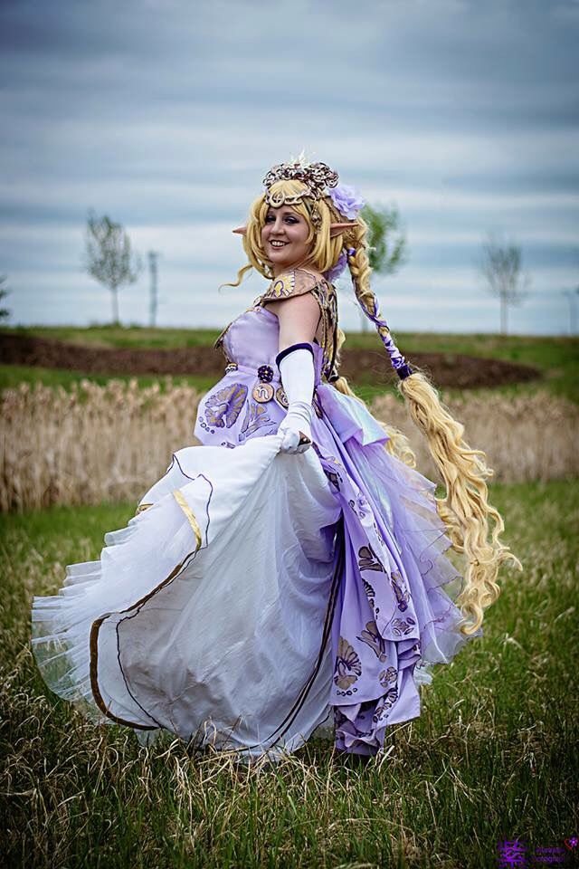 Photo by Murasaki Cosplay Photography, Cosplayer S.L. Chernik, dress by S.L. Chernik and Donna Cucheran, wig by S.L. Chernik
