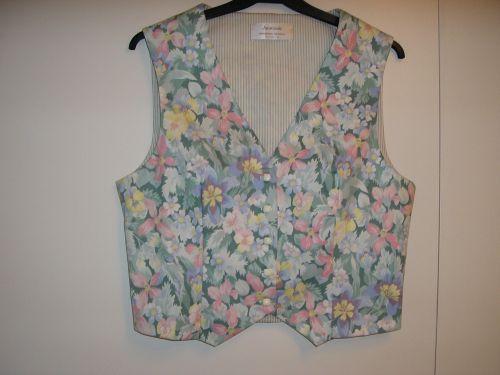 Ladies Pastel Flowers Waistcoat 10-12