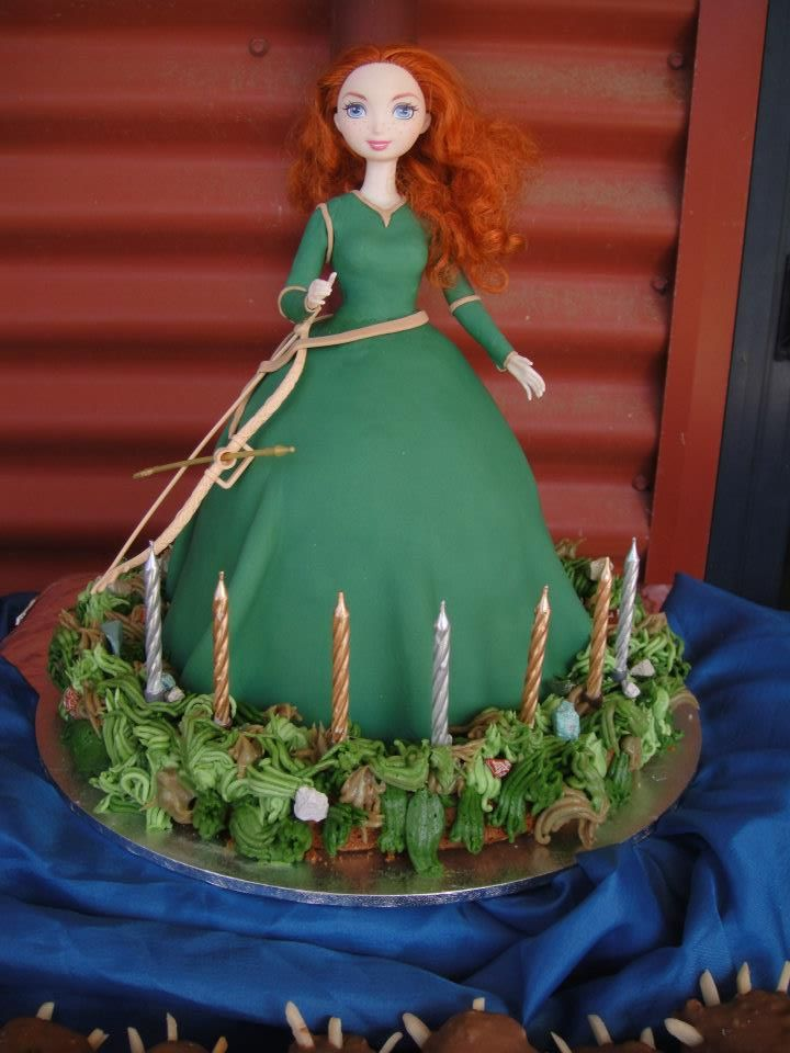 Princess Merida Birthday Cake | Merida Cake From Disney Pixar Movie Brave Moist Vanilla Covered Cake ...