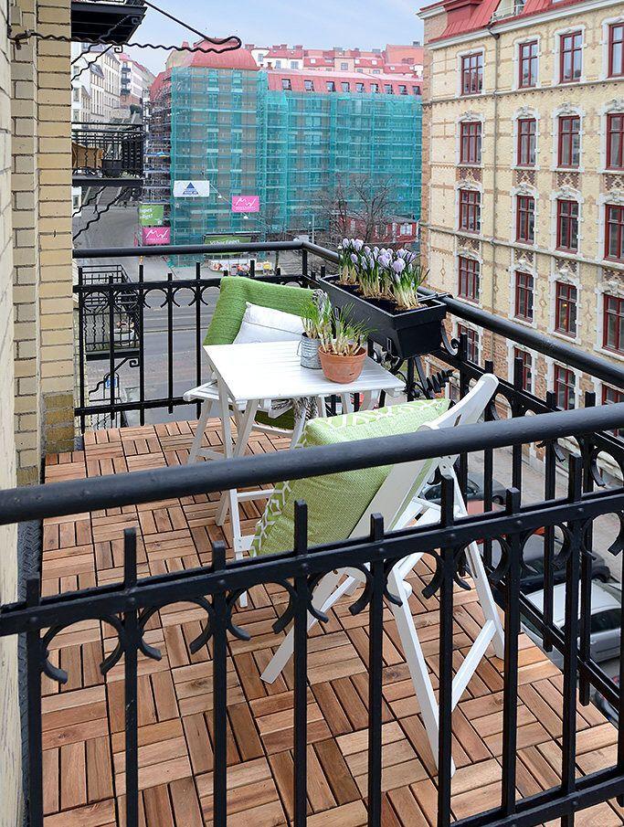 Scandinavian apartment - balcony
