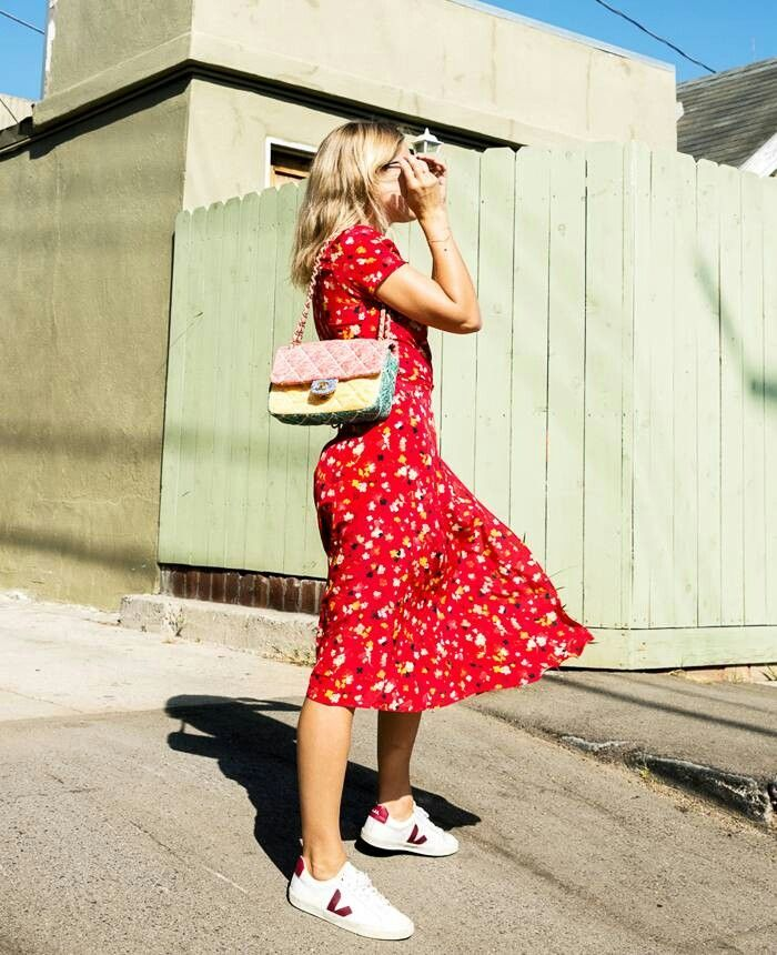 Midi floral dress and White sneakers