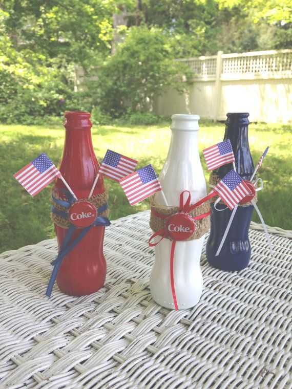 Painted #Coke Glass Bottles Red White Blue Fourth of July Bud vase Patriotic Set #Coca-Cola burlap band American Flag table decor for a Classic Americana tablescape.