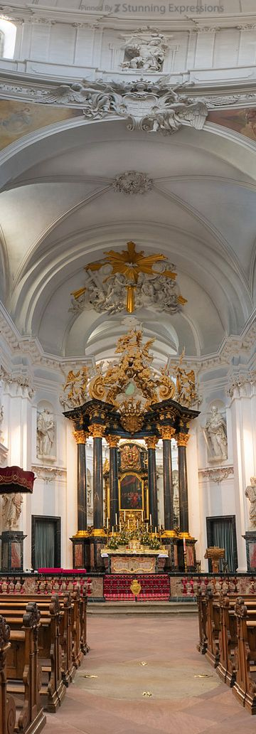 The Cathedral of Christ the Saviour or Fuldaer Dom - Fulda   Germany