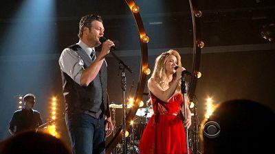 Si no pudieron ver la actuación de anoche de Medicine con Blake Shelton en los Premios de la Academia del Country, aquí tienen el video http://smarturl.it/Medicine ** Medicine está en el nuevo álbum de Shakira. En iTunes está aquí http://smarturl.it/ShakiraiTunes / o en CD http://smarturl.it/ShakiraAlbumCD ** @Shakira Mebarak