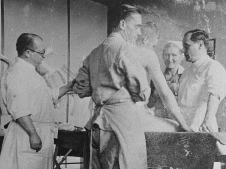 THE DOCTORS TRIAL: THE MEDICAL CASE OF THE SUBSEQUENT NUREMBERG PROCEEDINGS >>> Nazi physician Carl Clauberg (at left), who performed medical experiments on prisoners in Block 10 of the Auschwitz camp. Poland, between 1941 and 1944.