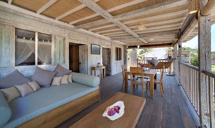 Bali Villa: Outdoor Deck