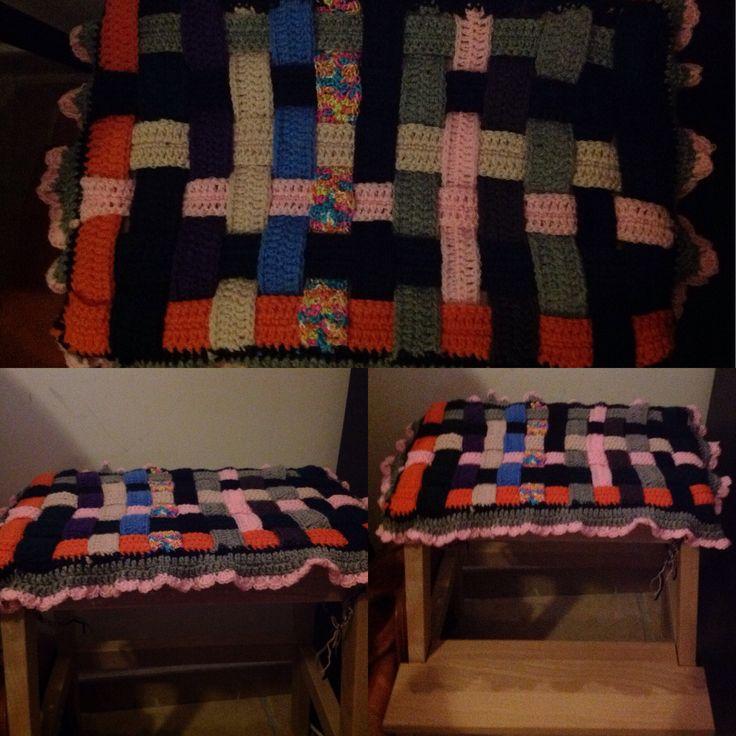 Crochet stool cover Coprisgabello all' uncinetto