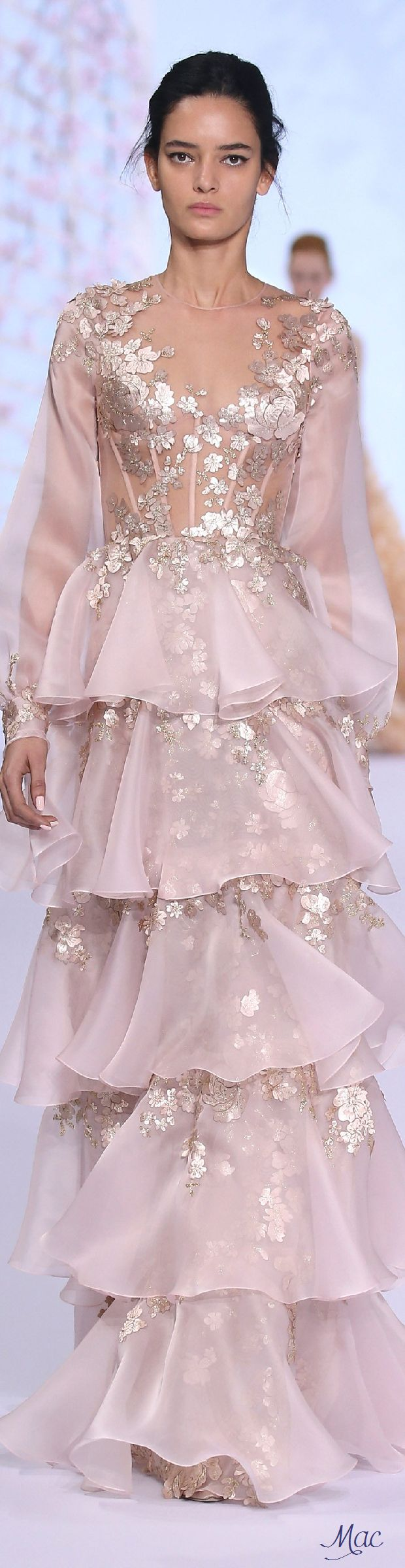 Ethereal ~ Spring 2016 Haute Couture Ralph & Russo www.aromatiqueessentials.com.au