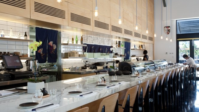 The marble bar at Akachochin Kengo's chicken wing dumpling - Akachochin's best-loved dish #swpromenade #melbourne #japanese #izakaya