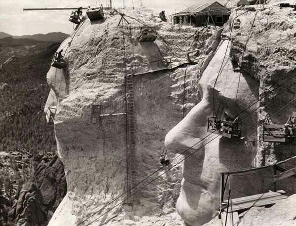 1939, Construction du Mont Rushmore