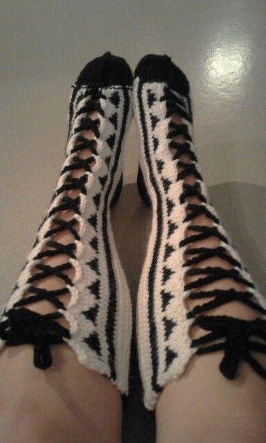 Strappy socks <3