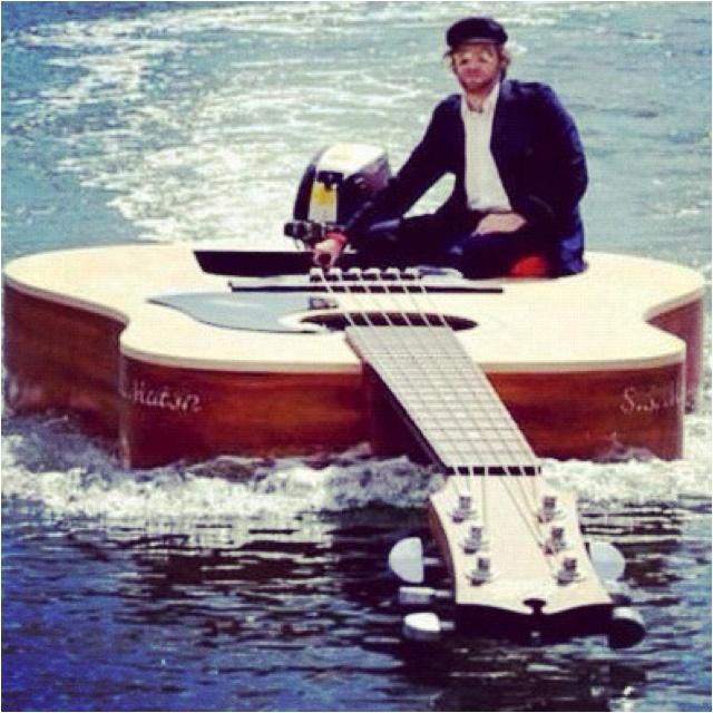 Guitar boat:)