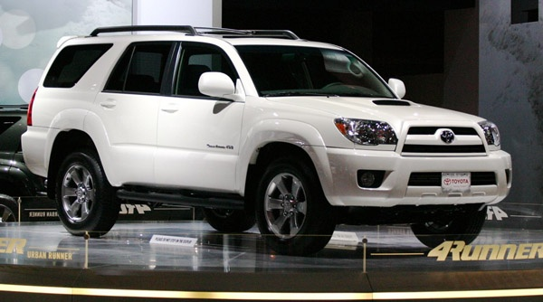 2008-toyota-4runner-with-urban-runner-package.jpg