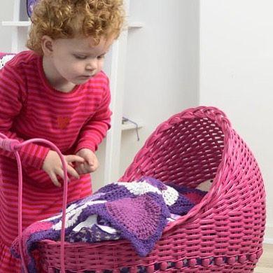 Мы рады сообщить вам, что долгожданные новинки от датского бренда #Smallstuff поступили на наш склад!  Чудесные плетеные коляски разных цветов, деревянные кроватки для кукол, постельные принадлежности, а также очень стильные вязаные коврики, декоративные подушки, бамперы и мобили для детских кроваток поступили в продажу и уже доступны для заказа на нашем сайте BUNNYHILL.RU ✨✨✨