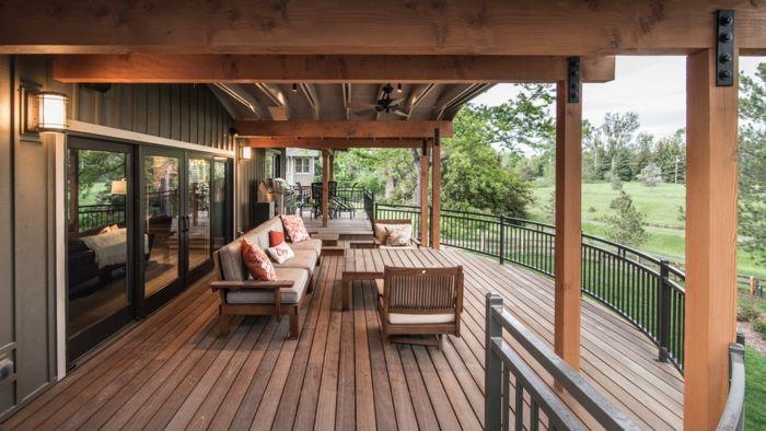 robustes Holz für Balkon oder Terrasse Lounge Garnitur Balkon gestalten
