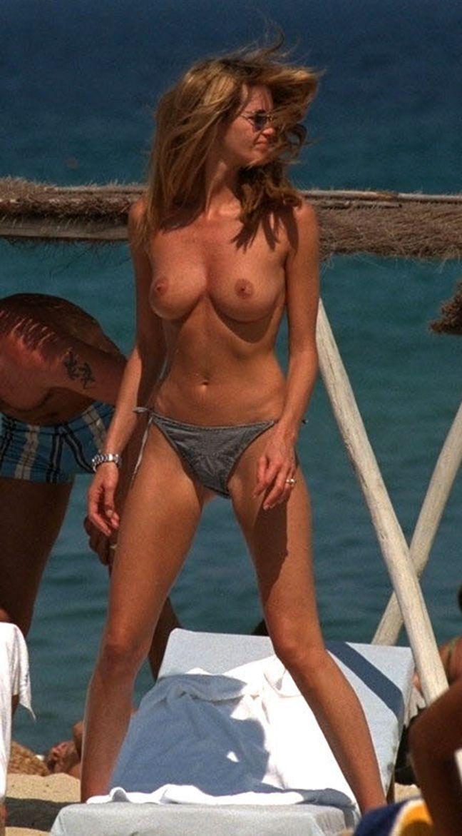 nude wet latin women